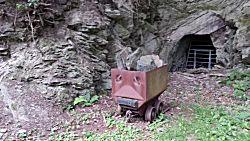 Afgesloten ingang van de mijn