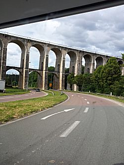 Viaduct vanuit de camper