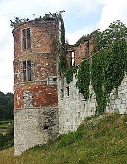 Ruine bij Hierges