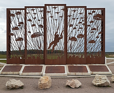 Monument bij schaapskooi in Ede