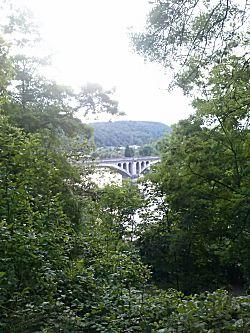 De brug vanaf de bovenkant