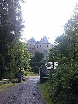 De weg naar het kasteel