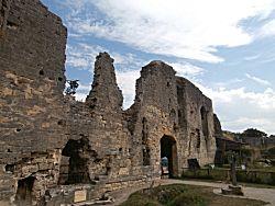 meer oude muren