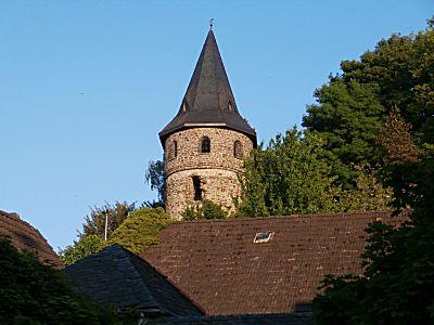 Het mooie torentje op de heuvel