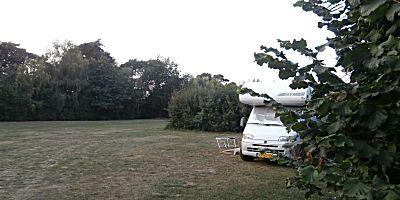 Veel ruimte op de camping