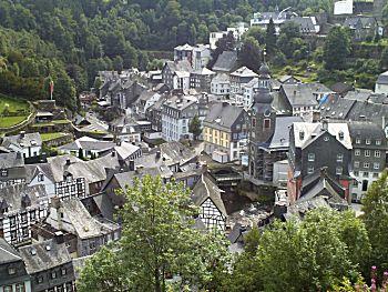 Het dorpje vanuit de hoogte